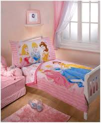 Bedroom Furniture For Little Girls by Toddler Bedroom Furniture Arrangement Wearefound Home Design