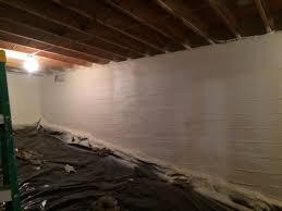 moisture infiltration spray foam insulate