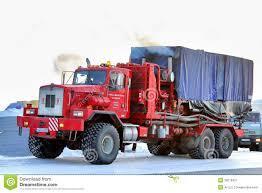 kenworth t800 truck novyy urengoy russia february 24 2013 red kenworth t800 truck