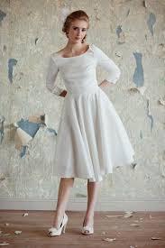 simple yet stunning courthouse wedding dress