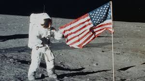 Moon Flag From Earth American Flags Planted On The Moon Have Likely Turned White Youtube