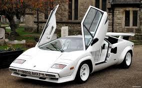 lamborghini sports car images klasiška beprotybė iš italijos u2013 u201elamborghini countach u201c gazas lt