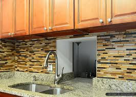 pictures of kitchen backsplashes with granite countertops venetian gold granite brown cabinet backsplash tile