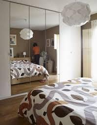 miroir chambre pas cher miroir chambre a coucher grand miroir métal chambre coucher des