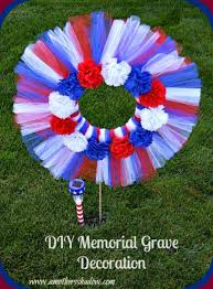 diy patriotic memorial grave decoration or wreath