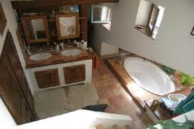 chambre d hote robion 84 ventes à oppède avec possibilité de gîtes ou chambres d hôtes