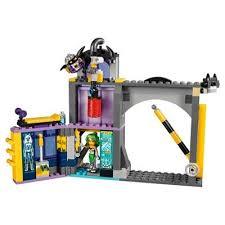 lego dc comics super hero girls batgirl secret bunker 41237