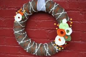yarn wreath tutorial how to felt home stories a to z