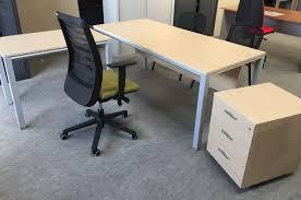 bureau mobilier isocèle mobilier de bureau charenteisocèle aménagement en