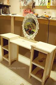 Diy Makeup Vanity Desk Amazing Diy Vanity Table Plans With Best 25 Cool Desk Ideas Ideas