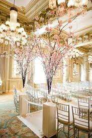 simply chic wedding flower decor ideas photographers wedding