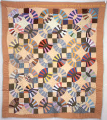 Double Wedding Ring Quilt by Why Quilts Matter History Art U0026 Politics