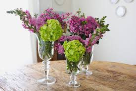 how to make flower arrangements flower arrangements ramona singer this is a really easy