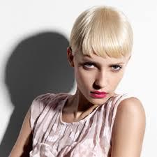 coupe cheveux tres fin coiffure 25 idées pour une coupe courte paradoxalement girly