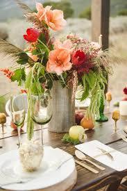 glittery thanksgiving wedding ideas 057 ruffled flowers