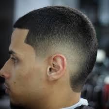 coup de cheveux homme coupe cheveux dégradé homme noir