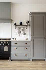 best 25 shaker style kitchens ideas on pinterest grey shaker doors kitchen kitchen design ideas