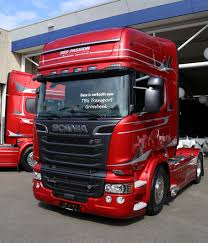 aston martin truck 1000x730px aston martin 448 84 kb 183850