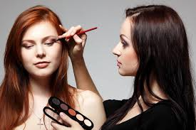 best makeup artist school how to choose the best online makeup school hi fashion