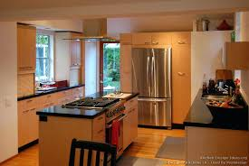 maple kitchen islands designer kitchen islands maple kitchen with island range