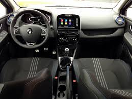 renault clio interior 2017 renault clio gt line tce 120 acceleration throttlechannel com
