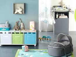 coin bébé chambre parents coin bebe chambre parents cloisonner avec des panneaux japonais