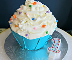 great pink purple cupcake ideas also birthday cupcake ideas and