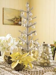 Ideas Decorating Christmas Tree - 30 traditional and unusual christmas tree décor ideas digsdigs