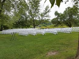 Padded Lawn Chairs Side View Of 200 White Padded Resin Chairs For An Outdoor Wedding