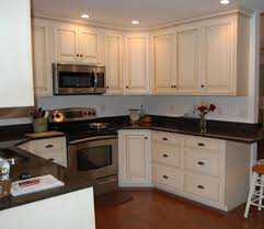 Professional Kitchen Cabinet Painters by Paint Kitchen Cabinets Professionally Home Designs