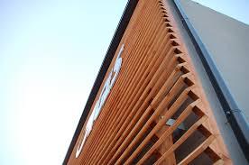 rivestimento facciate in legno rivestimento esterno in larice massello cozzarin