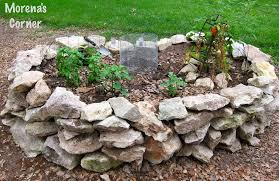 building a keyhole garden morena u0027s corner