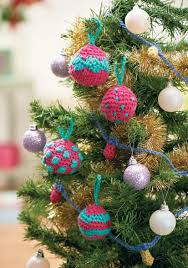 Garland Fairy Lights by Crochet Baubles And Fairy Lights Garland Crochet Pattern