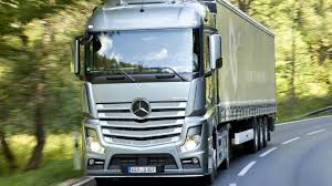 mercedes actros trucks steering issue sees mercedes actros and arocs recalled