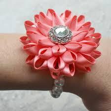 Corsage Flowers Best 25 Flower Corsage Ideas On Pinterest Wrist Corsage Wedding