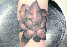 28 dramatic lotus flower tattoo for 2013 creativefan