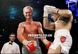 Funny Man Utd Memes - hilarious things manchester united and arsenal fans did after the