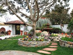 astounding front yard courtyard images best inspiration home