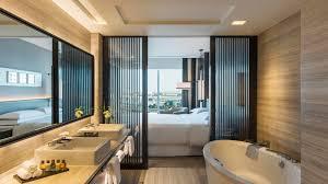 sheraton grand hotel dubai deluxe suite bathroom jpg 1600 900