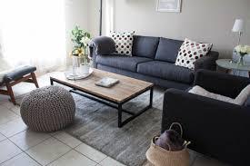 salon avec canapé noir salon canapé noir déco bois et gris for the home