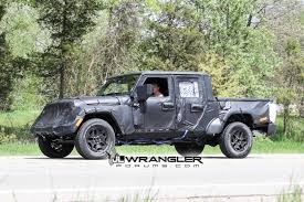 jeep wrangler pickup 2017 jeep wrangler pickup spy photos reveals new wheels page 3 jeep