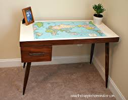 Cheap Diy Desk Stunning Diy Work Desk From Pallet Wood With Glass Top And Simple