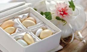 wedding almonds sugared almonds wedding favours articles easy weddings