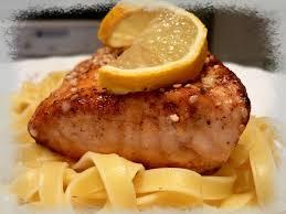 cuisine hollandaise recette saumon en croute de sésame et tagliatelles sauce hollandaise la