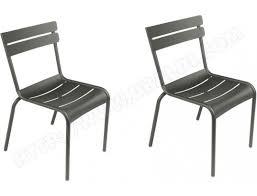 chaises fermob chaise fermob lot de 2 chaises luxembourg romarin pas cher ubaldi com