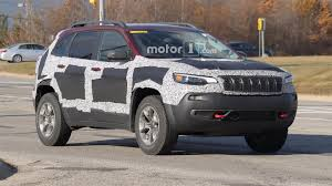 trailhawk jeep jeep cherokee trailhawk spy shots motor1 com photos
