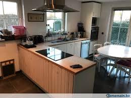 lave cuisine cuisine d angle avec plaque vitrocéramique et lave vaisselle a