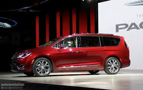 chrysler pacifica ev reportedly coming to ces 2017 autoevolution