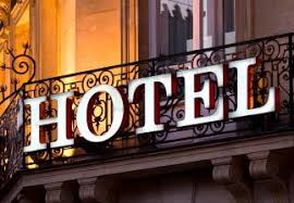 femme de chambre fiche rome comment devenir hôtelier informations formations et salaires