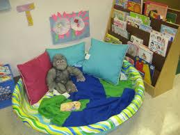 Nursery School Decorating Ideas by Best 25 Preschool Reading Area Ideas On Pinterest Preschool
